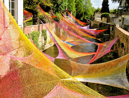 Edith Meusnier: Textile environmental art